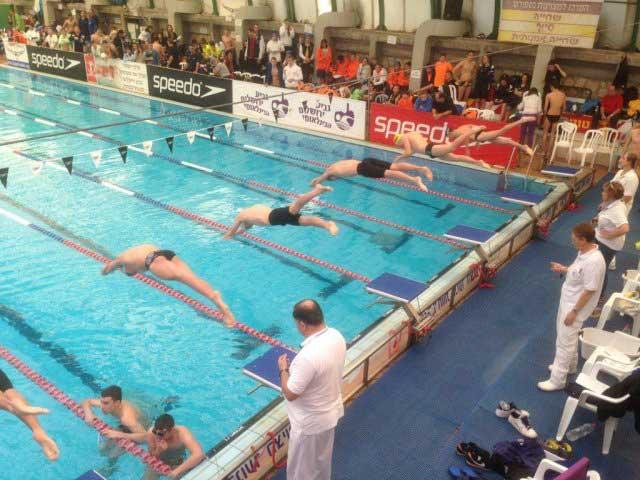 לימוד שחייה בירושלים   בית ספר לשחייה של אלופים   הפועל ירושלים שחייה