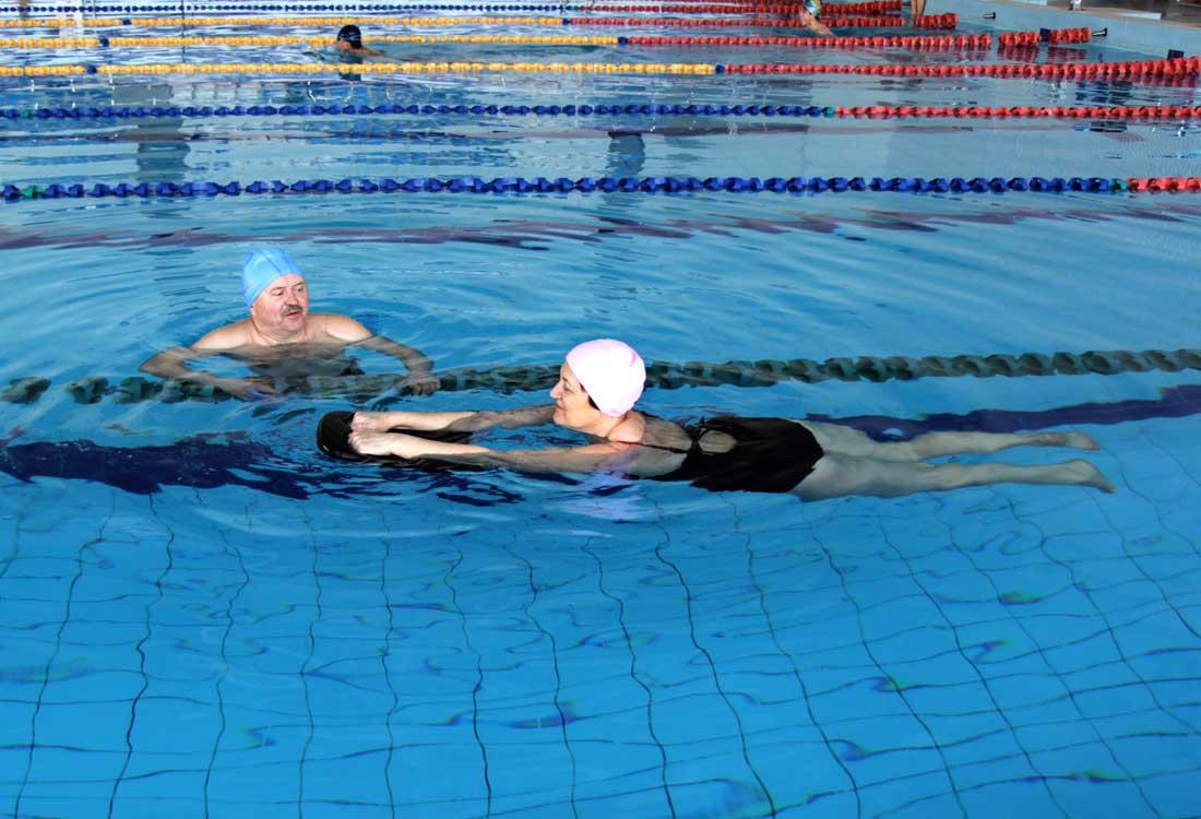 שיעור שחייה פרטי למבוגרים בירושלים | הפועל ירושלים שחייה