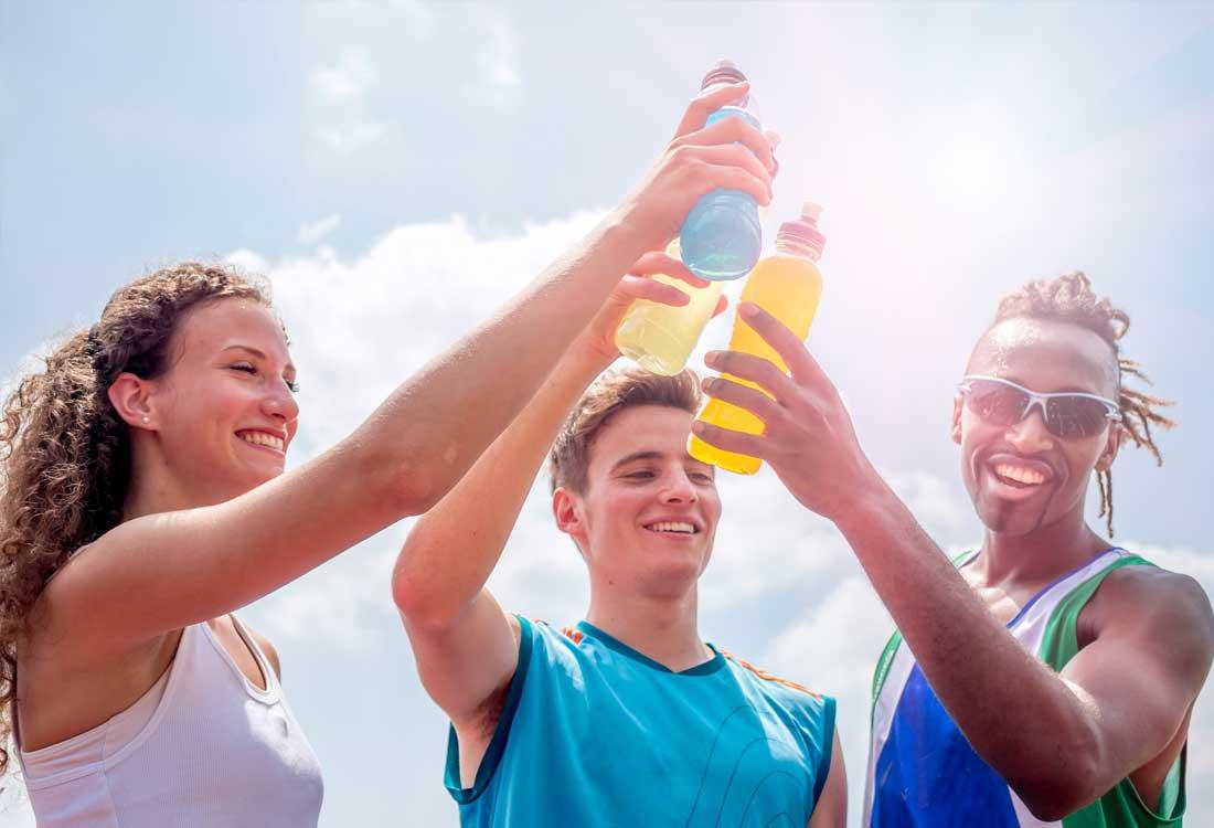 הכל על משקאות ספורט ומשקאות אנרגיה | הפועל ירושלים שחייה