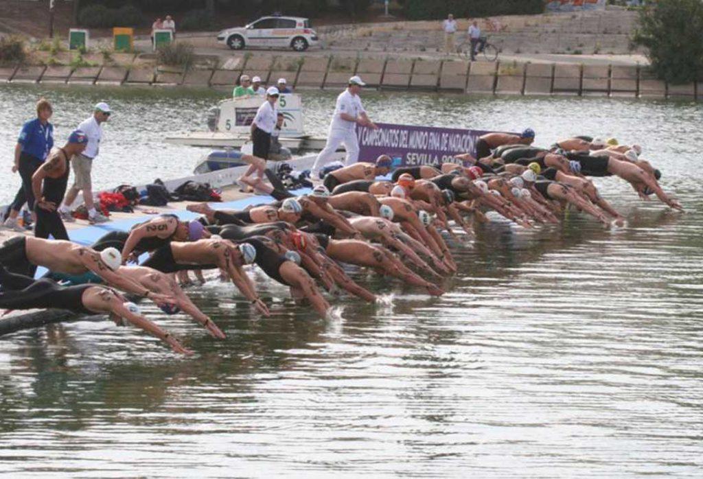 תחרות שחייה במים פתוחים | הפועל ירושלים שחייה