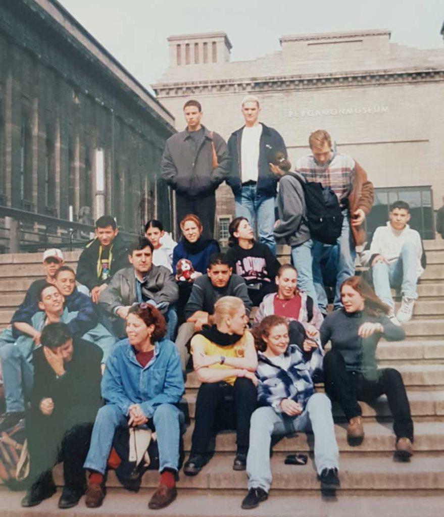 מחנה אימונים של סנפיר בגרמניה 1998. ליאור שנייה משמאל שורה ראשונה.
